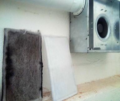 Las turbinas suministran un continuo caual de aire filtrado que desplaza contaminantes interiores evitando los exteriores